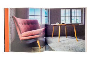 A cover and a spread of the book Hiort af Ornäs - Muotojen mestari.