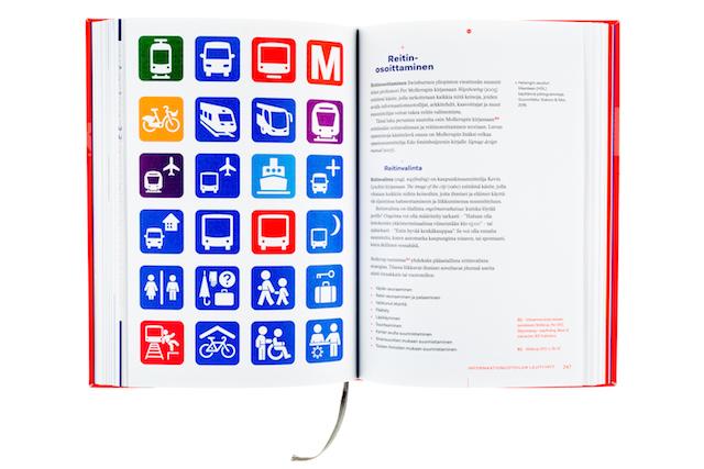 A cover and a spread of the book Tieto näkyväksi - Informaatiomuotoilun perusteet.