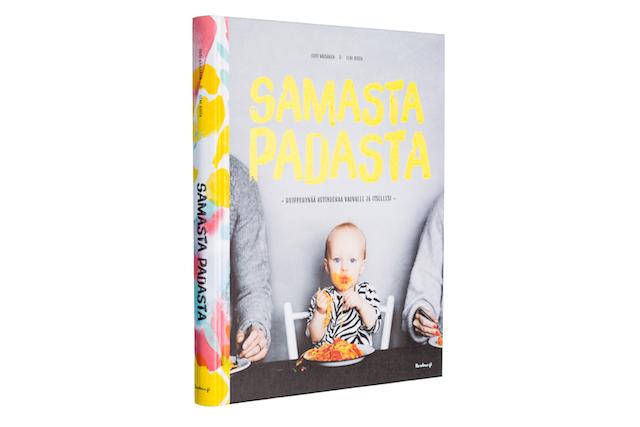 A cover and a spread of the book Samasta padasta - Huippuhyvää kotiruokaa vauvalle ja itsellesi.