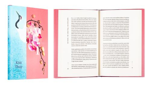 A cover and a spread of the book Vi.